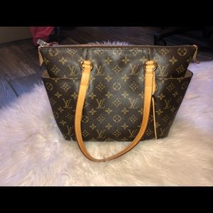 Louis Vuitton Totally Monogram Pm